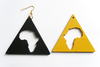 Boucles d'oreilles / Earrings:    TRIANGLE DE KEMET, AfriKA