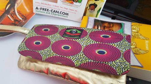 Trousse de Beauté / Toiletry Bag: MWINI