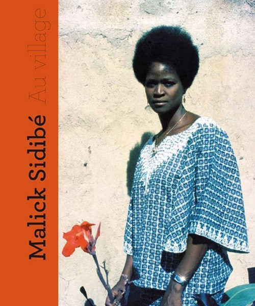 "Livre de Photographies: ""AU VILLAGE"" par Malick SIDIBÉ"