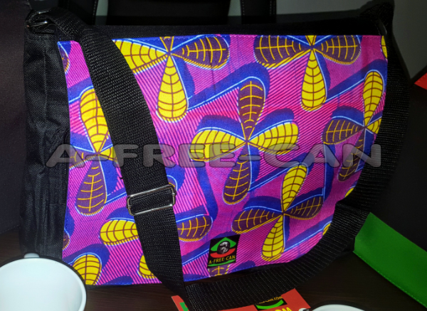 "GRAND Sac à bandoulière: ""MALAKASI"" by A-FREE-CAN.COM"