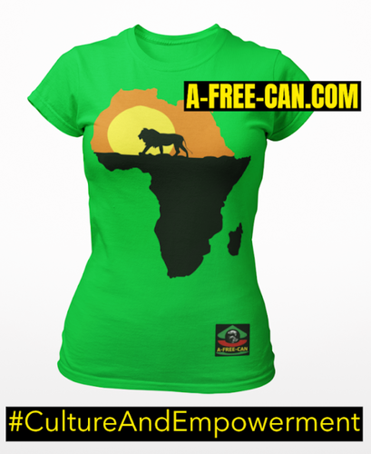 """LION OF AFRICA"" by A-FREE-CAN.COM - (T-SHIRT pour Femmes)"