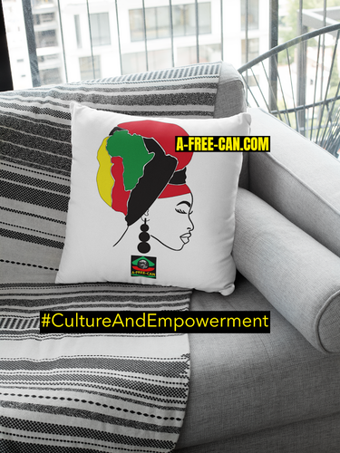 "DÉCO MAISON, Coussin: ""KITAMBALA BLACK QUEEN"" by A-FREE-CAN.COM"