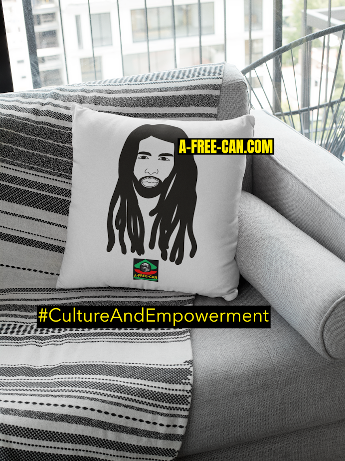 "DÉCO MAISON, Coussin: ""LOCSY KING"" by A-FREE-CAN.COM"
